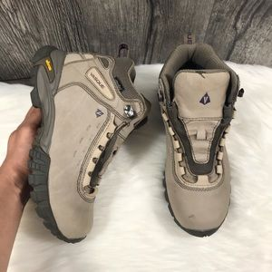 Vasque Talus Hiking Boots